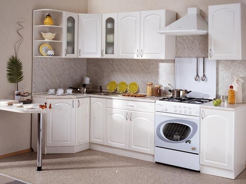 Кухня Классика угловая 1200х2100 h700, 2 категория