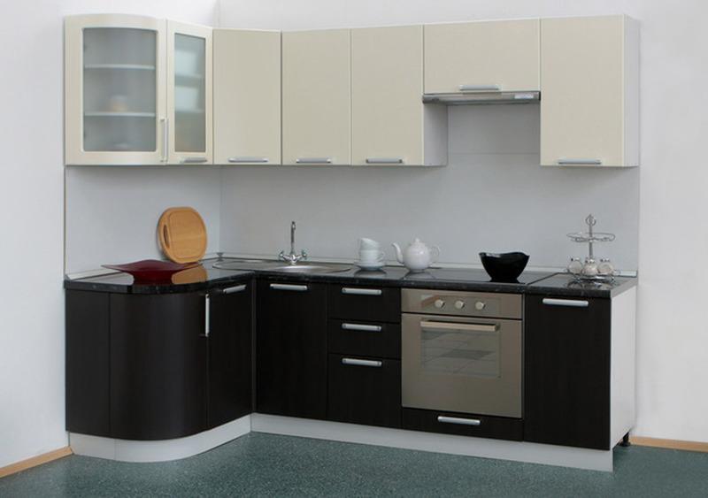 Кухня Классика угловая 1335х1800, 2 категория