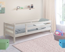 Кровать детская массив с ботиком Норка